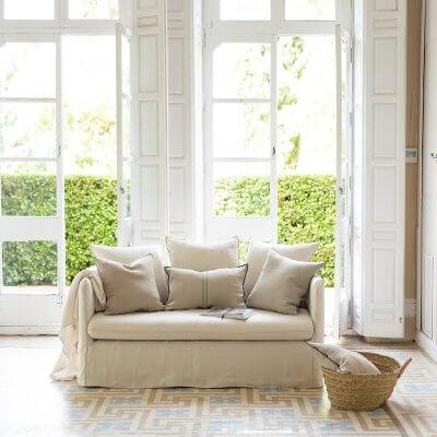 Sofá desenfundable Torrefiel en color beige