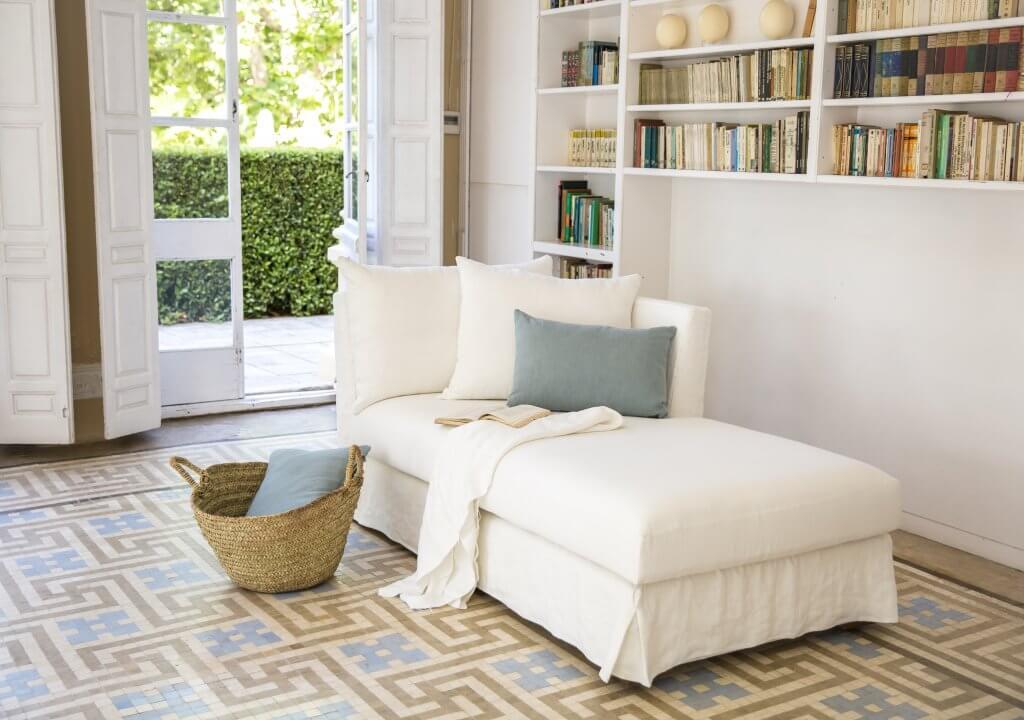 Chaise lounge en Puro Lino natural con caída