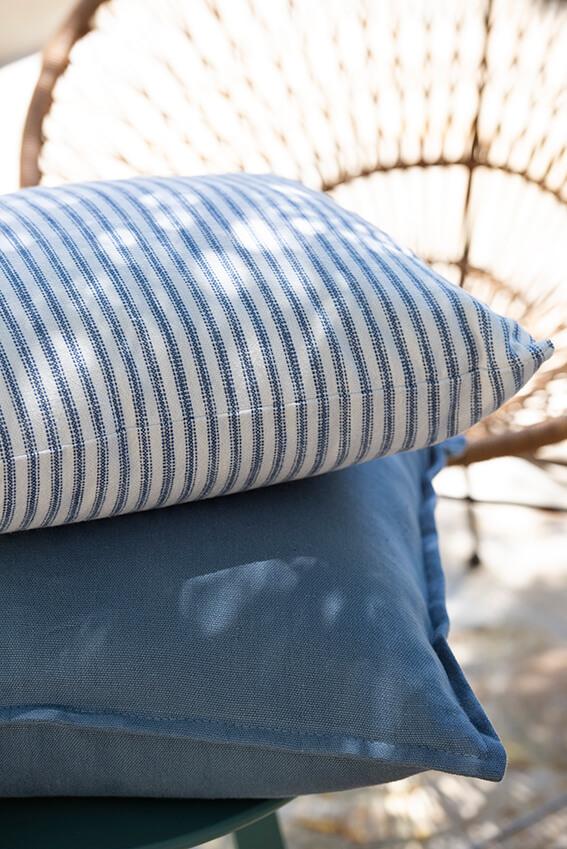 Cojines azul mediterráneo