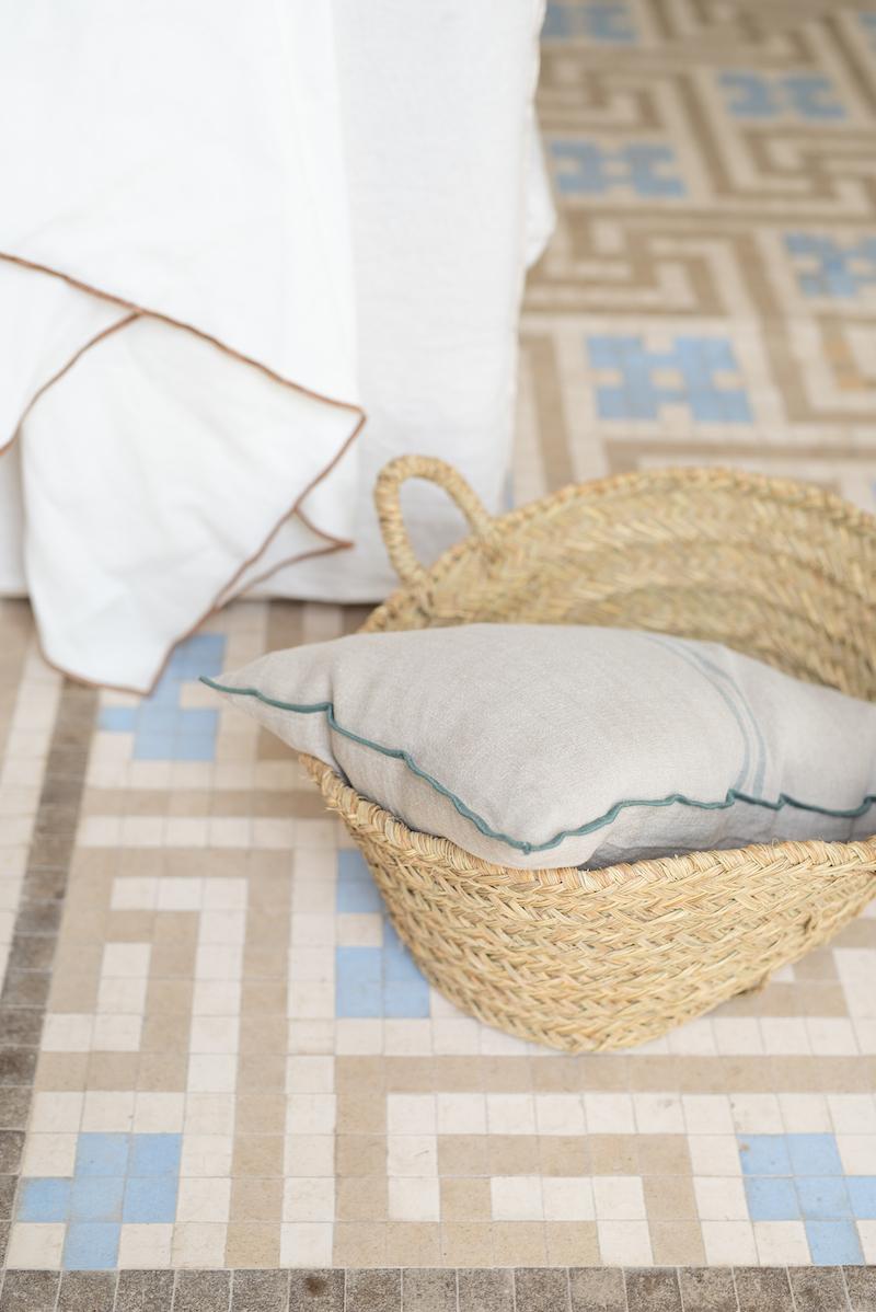 Cojín decorativo lino estilo mediterráneo