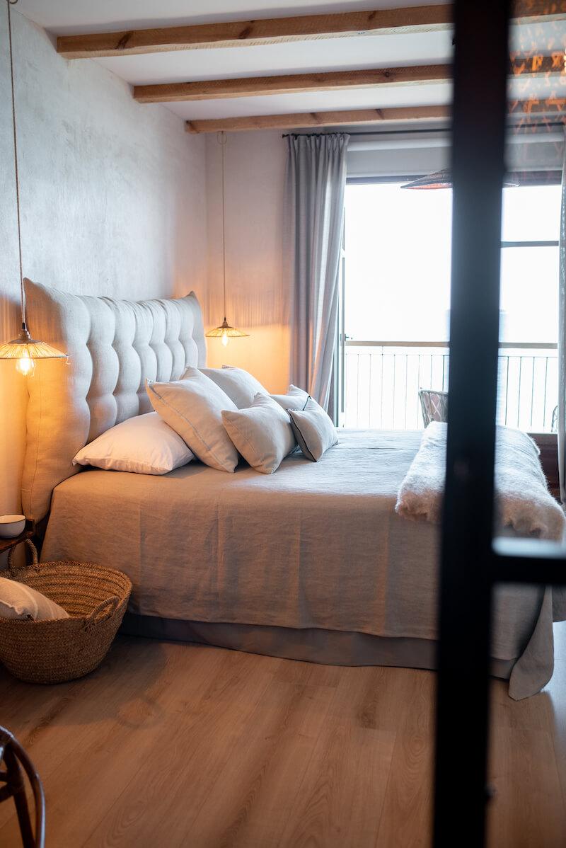 Cabecero de cama acolchado
